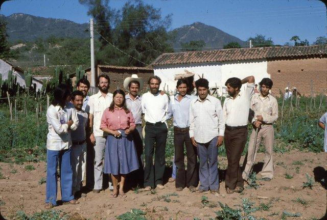 El núcleo del equipo de salud comunitaria a mediados de 1970.