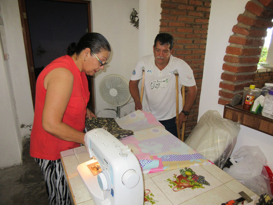 Estela – a good-hearted seamstress who volunteers with Habilítate