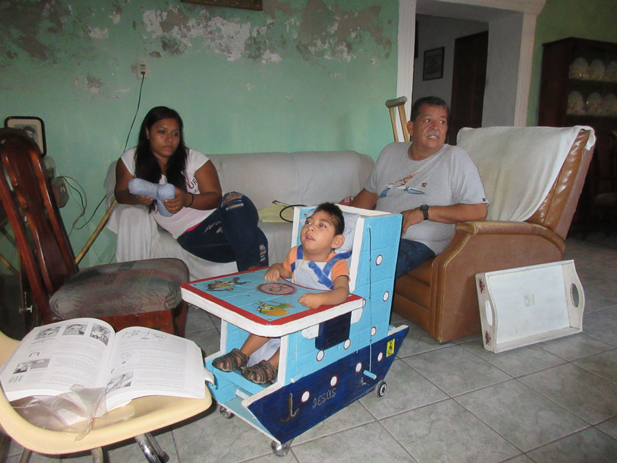 seating for child with microcephaly and developmental delay