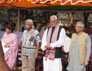 Zafrulla Chowdhury, founder of Gonoshasthaya Kendra (2nd from left) and Muhammad Yunus, creator of the Grameen Bank, at the opening ceremony of GK's 40th Anniversary