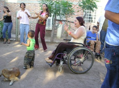 Conchita at a PROJIMO community dance